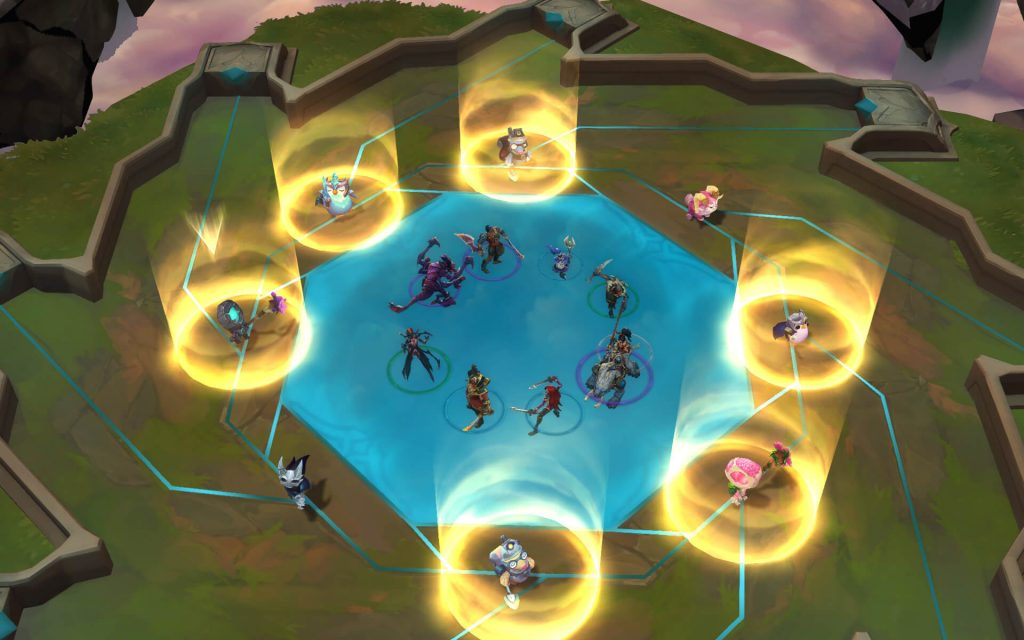 Shared Draft Phase is one of the most important phases of the game, here you can grab new champions and new items which will help you win more TFT games