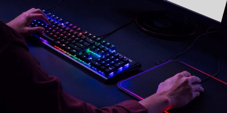 Looking for the best 75% mechanical keyboards? Well, then you've come to the right place because we've deeply analyzed and reviewed some of the best 75 mechanical keyboards in 2021!